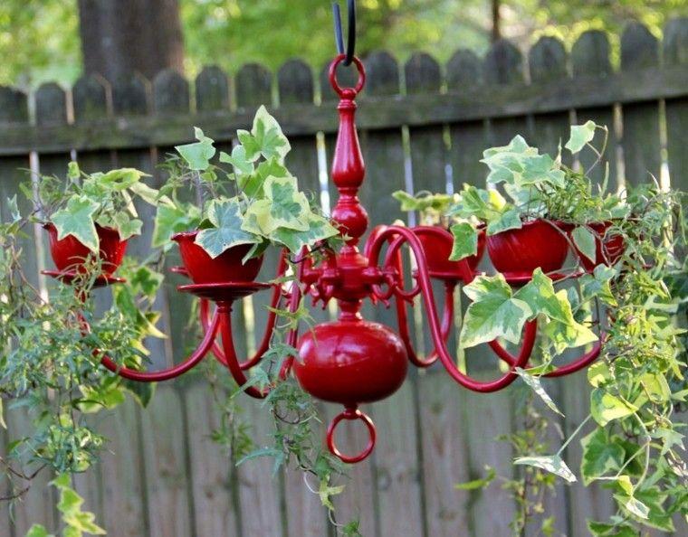reciclaje creativo lampara roja patio