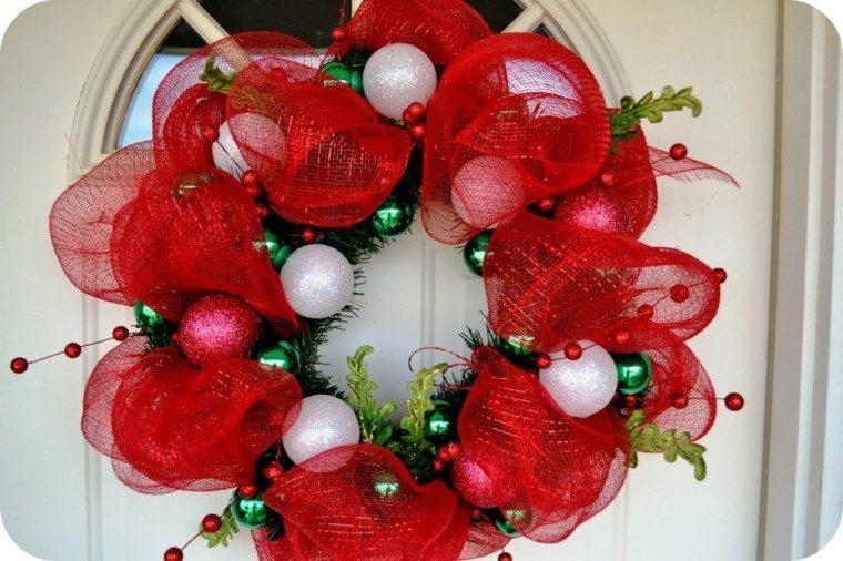 redecilla roja bolas blancas color