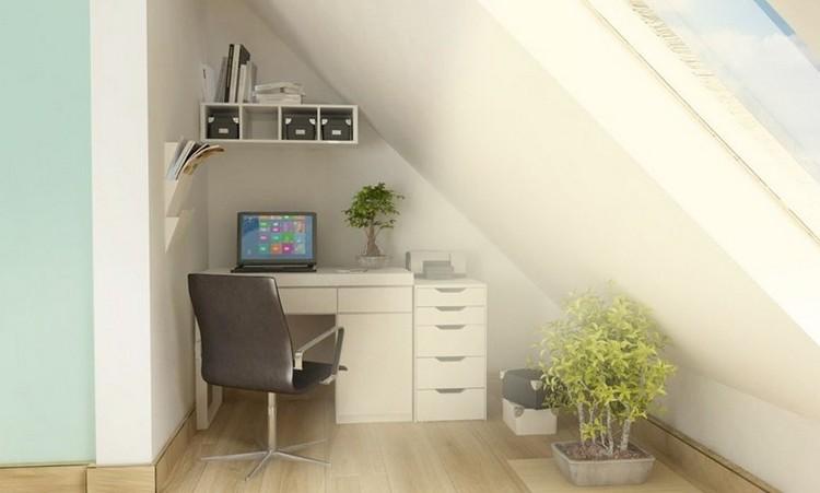 reducido espacio madera techo estantes