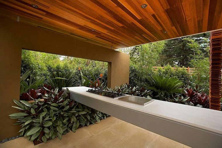 refugio perfecto verano cocina exterior plantas verdes ideas