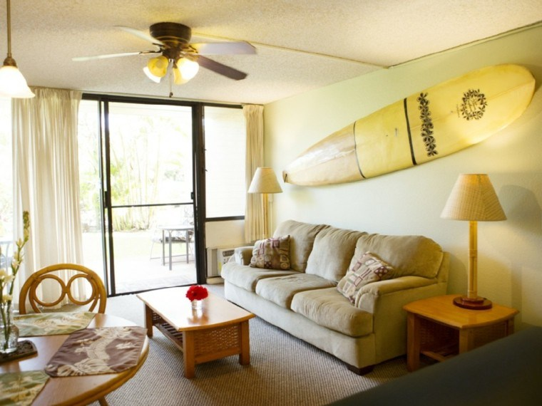 Hacer Del Baño Muy Amarillo:salon estilo clasico surf grande pared color amarillo ideas