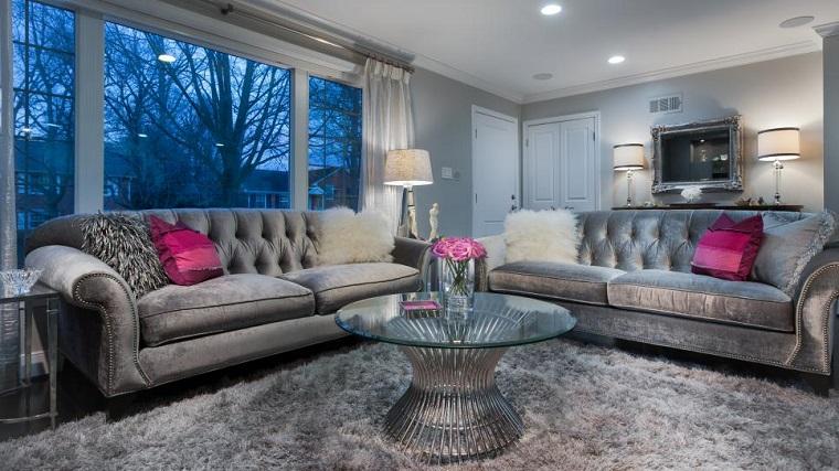 salon pequeno moderno sofa terciopelo gris mesa redonda ideas