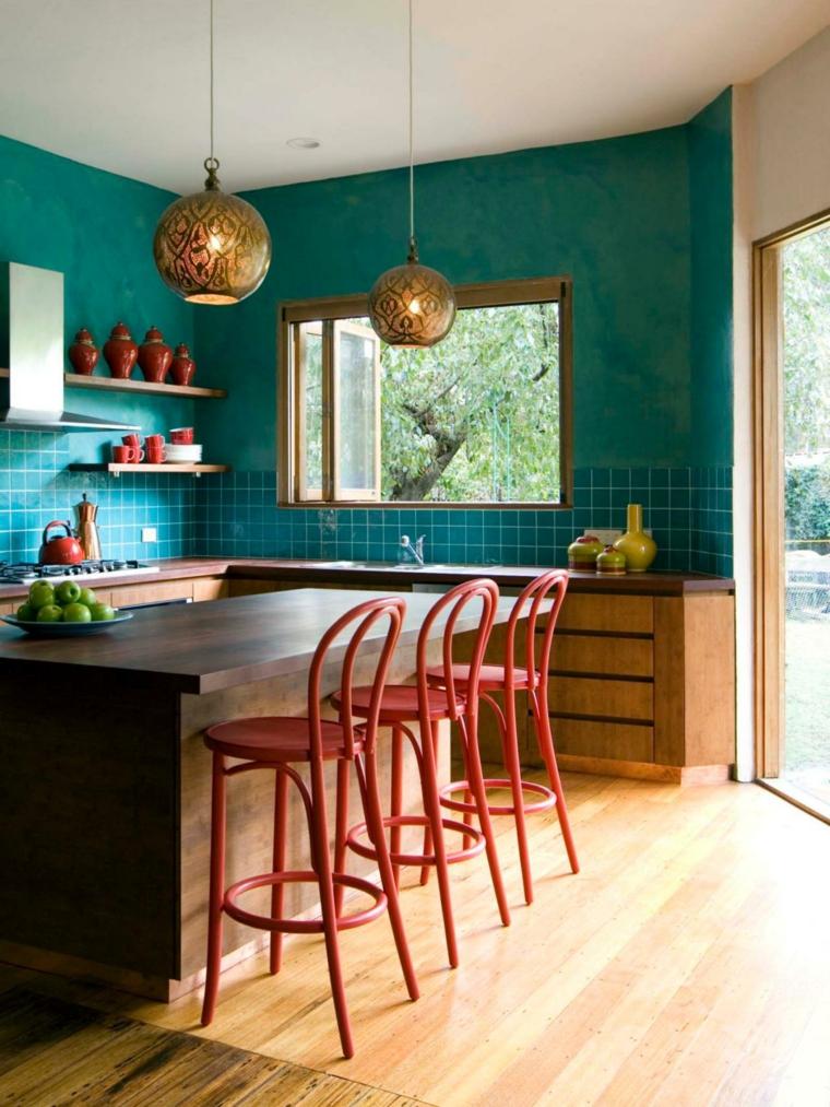 sillas altas rojas cocina aguamarina