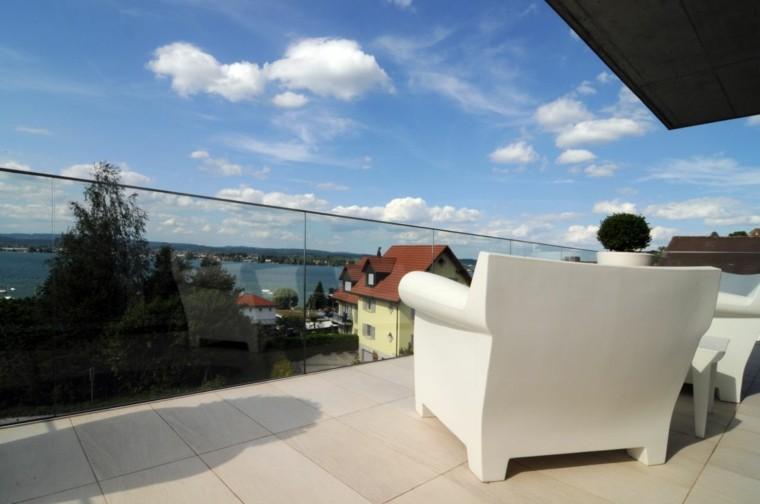 suelo terraza baldosas color beige