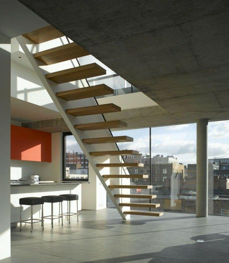 terraza cubierta escalones suspendidos ático