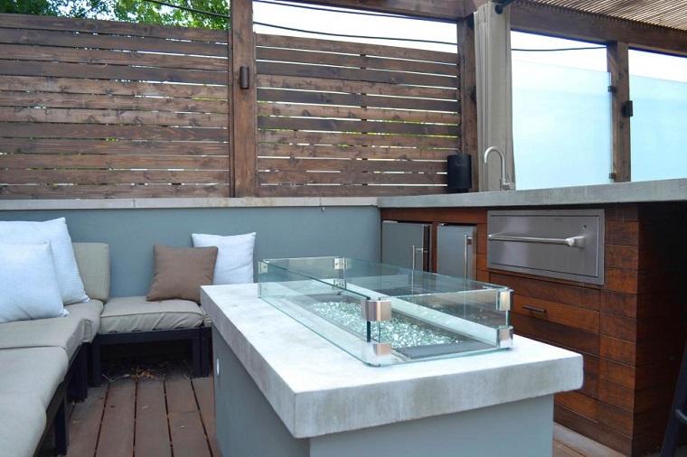 terraza suelo madera bancos valla alta lugar fuego ideas