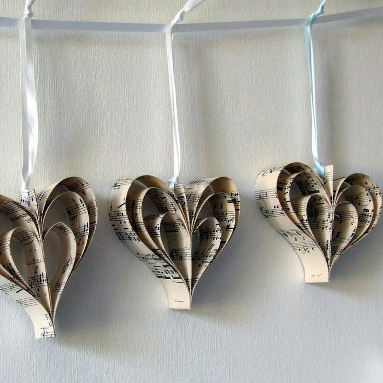 tres corazones adornos partituras