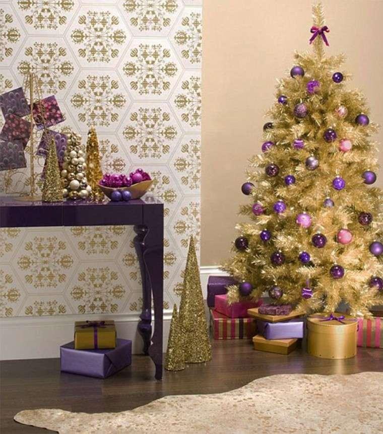 adornos de navidad dorados morados