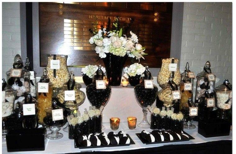 adornos de navidad negros oro flores blancas ideas