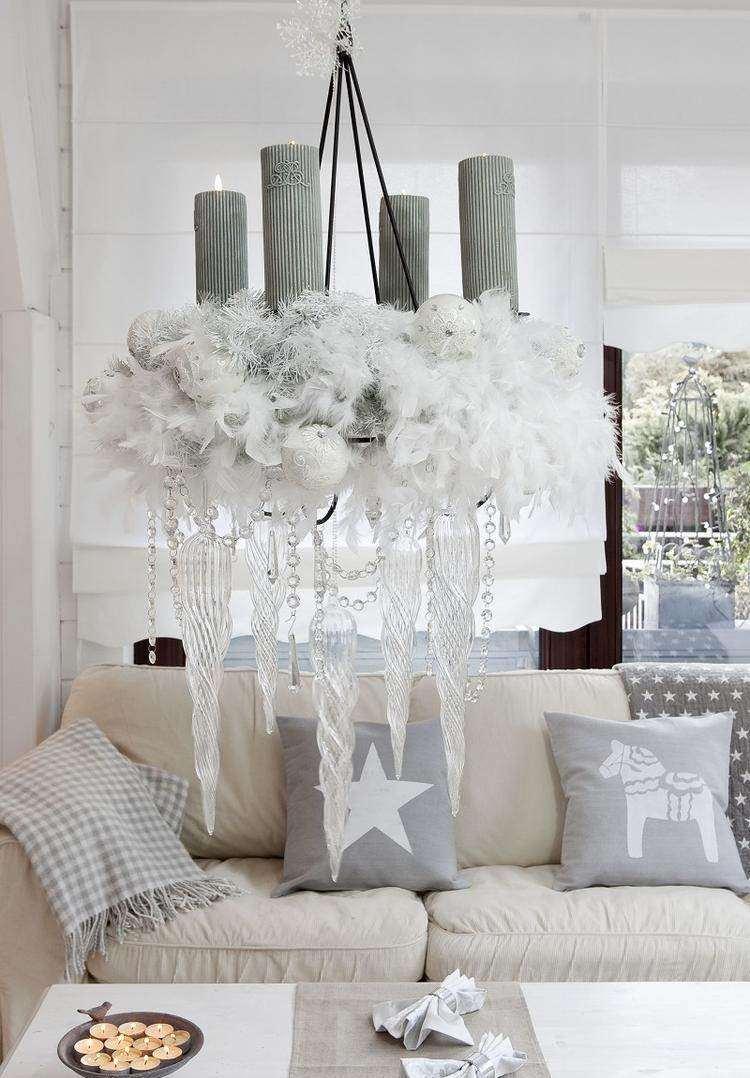 adornos decoracion navideña salon candelabro plumas blancas cristal velas ideas
