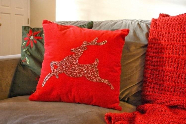 adornos decoracion navideña salon cojines reno estampado ideas