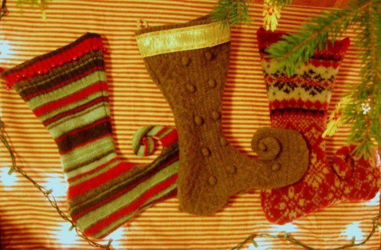 adornos medias navidad pared lana