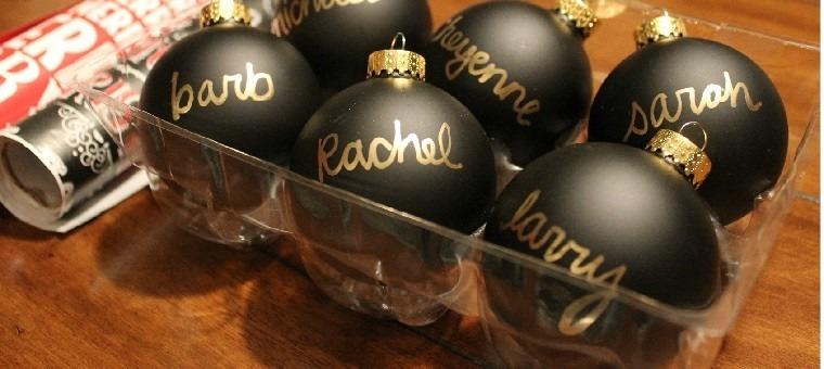 adornos navidad negros letras oro nombres ideas
