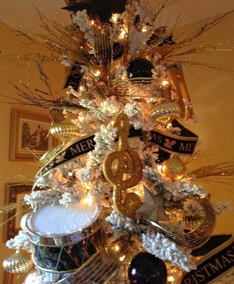 adornos navidad negros oro arbol blanco guirnalda ideas