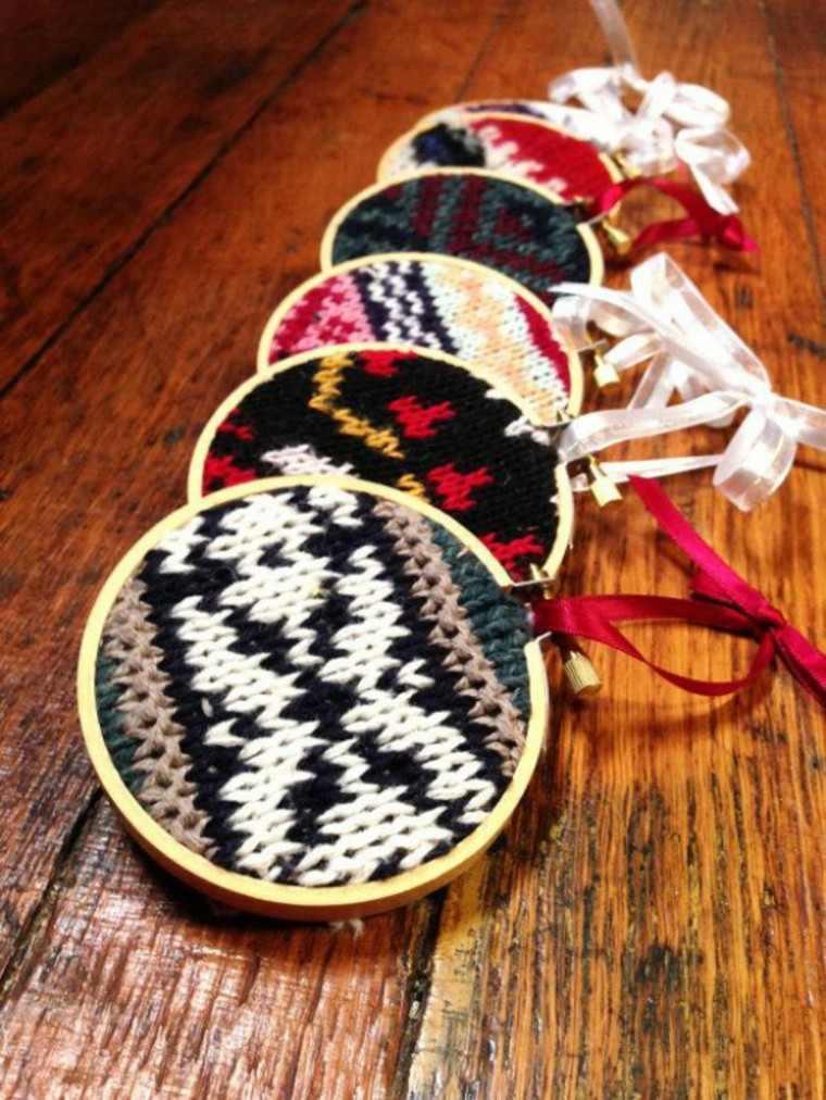 adornos navidad tejidos lana medallones colores ideas