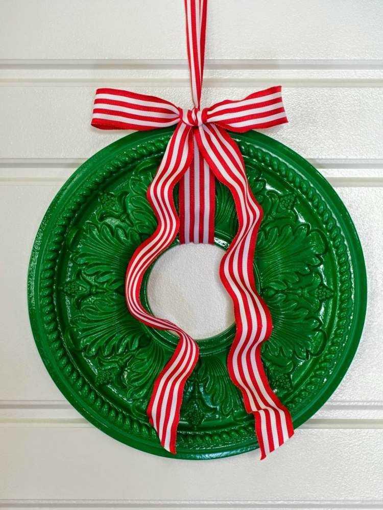 adornos navideños caseros cinta colorida verde