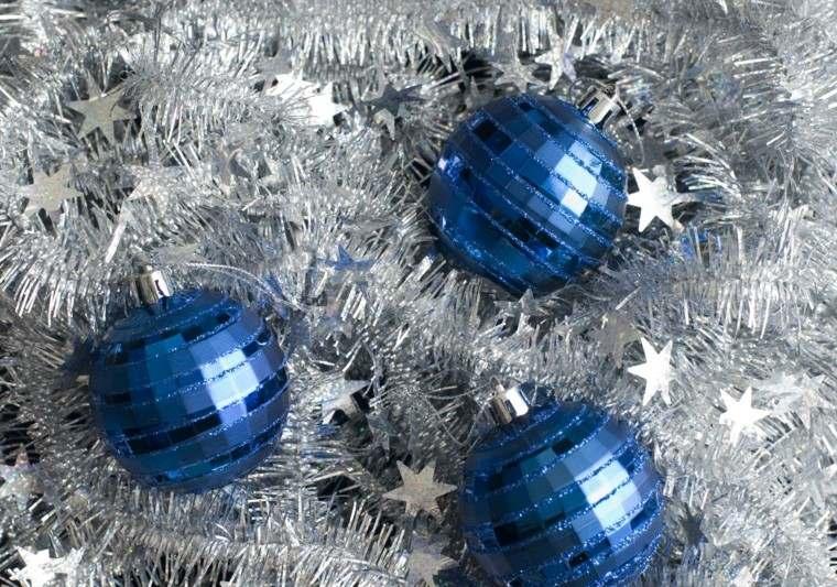 azul con lamparas y estrellas