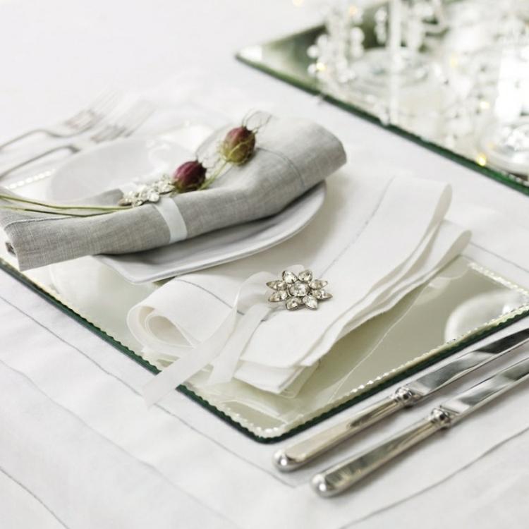 adornos navideños mesas servilletas madera natural