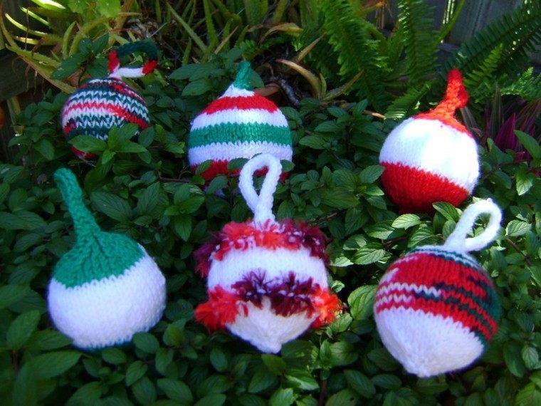 adornos navidenos tejidos lana bolas pequenas ideas