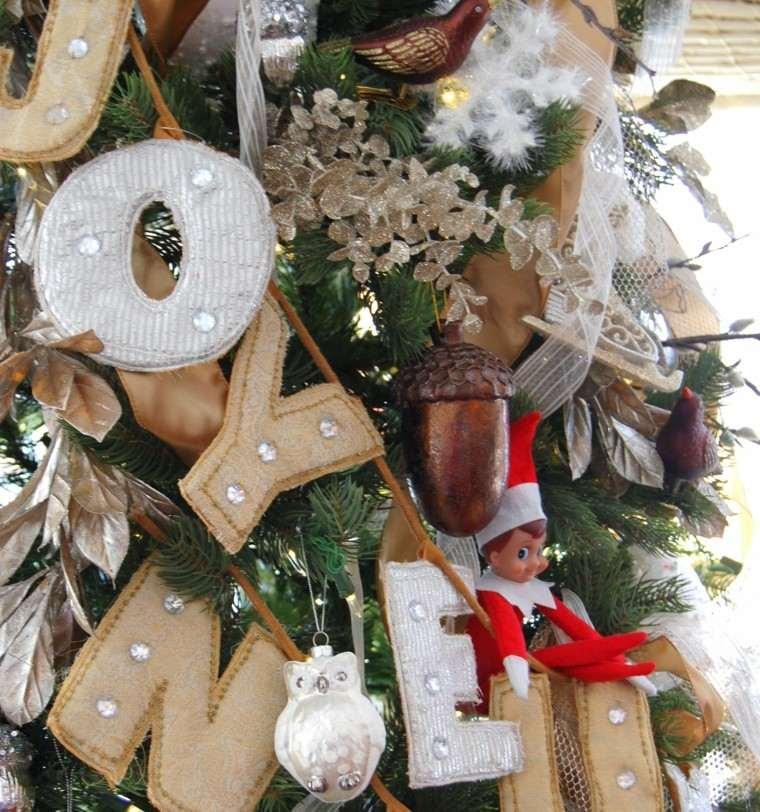 adornos.navidad.letras-cuero
