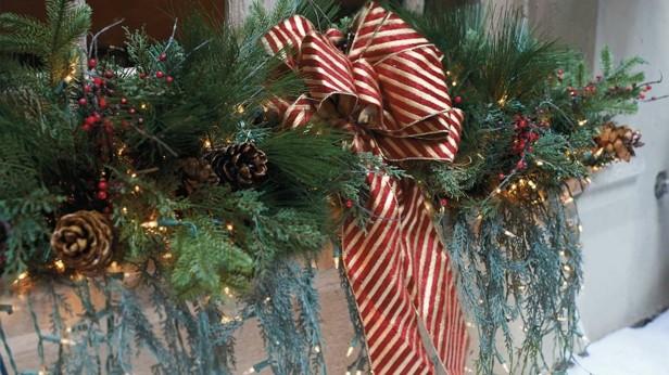 Imagenes Balcones Adornos Navidad.Decorar Terrazas Y Balcones En Navidad 25 Ideas