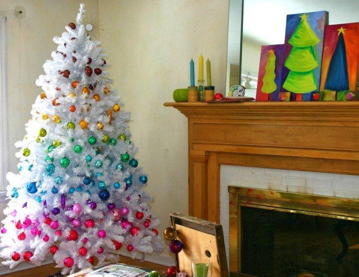 Como decorar un salon para la navidad 50 ideas - Como decorar arboles de navidad color blanco ...