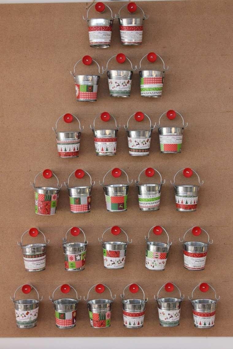 arbol navidad cubos metal calendario