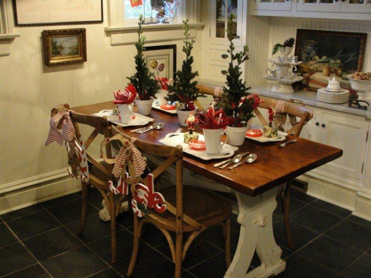 arboles-de-navidad-decoracion-mesa-tres-macetas