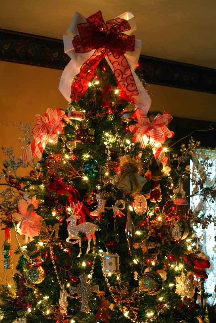 arboles de navidad originales ideas lazos colores