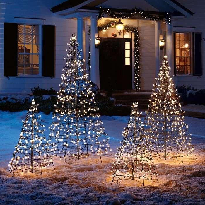 abetos navidad esqueletos luces