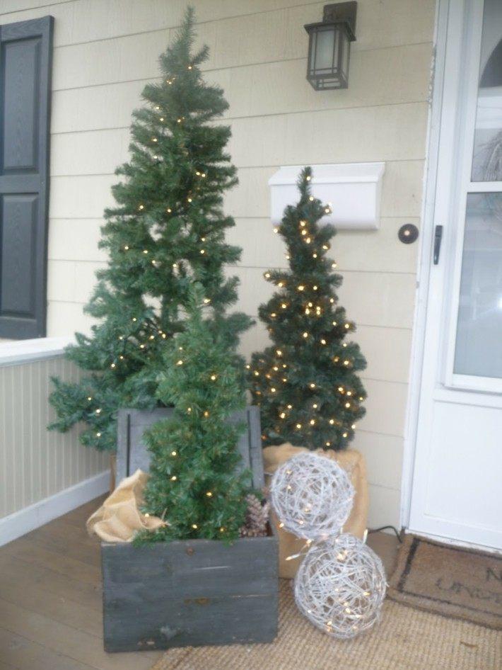 arboles navidad porche entrada casa
