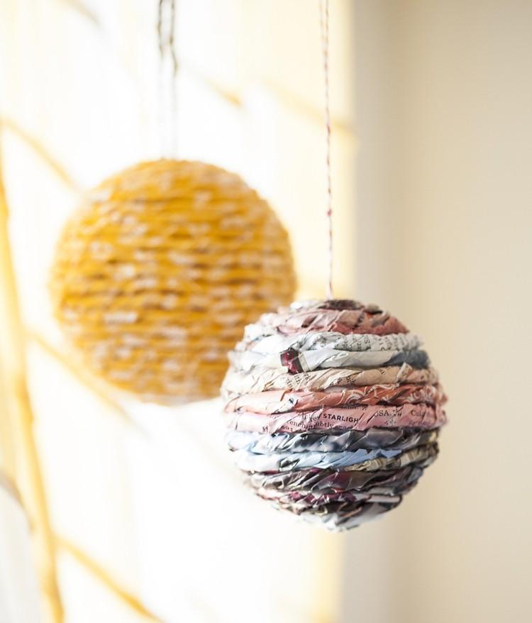 artesania papel reciclado esferas  amarillas