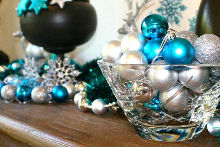 Azul y plata para un ambiente navide o fresco y elegante - Decoraciones en color plata ...