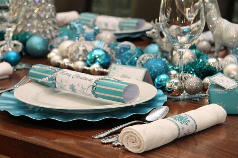 azul y plata ideas decoracion elegante servilletas bolas