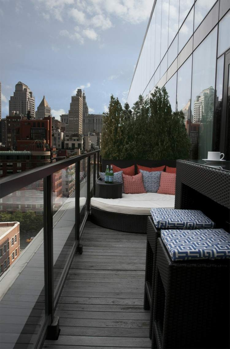 balcon diseño pequeño acogedor moderno cojines