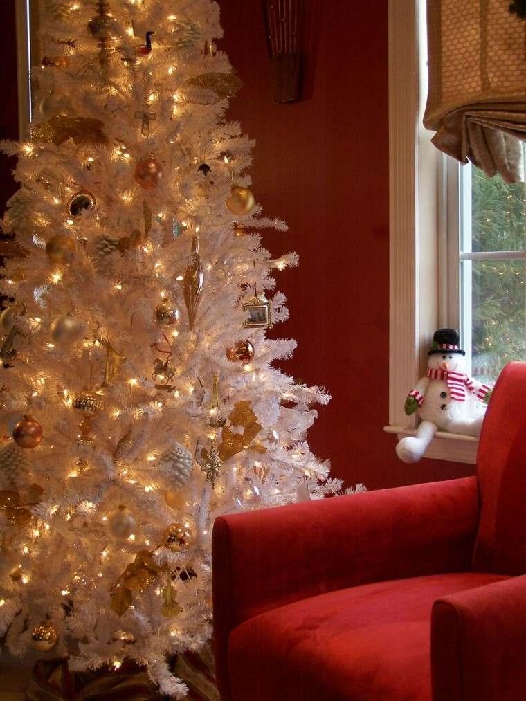 blanco arbol ventana muñeco sofa