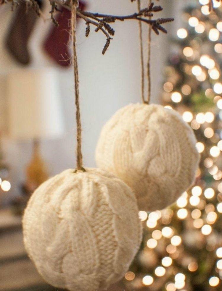 bolas blancas lana colgantes navidad