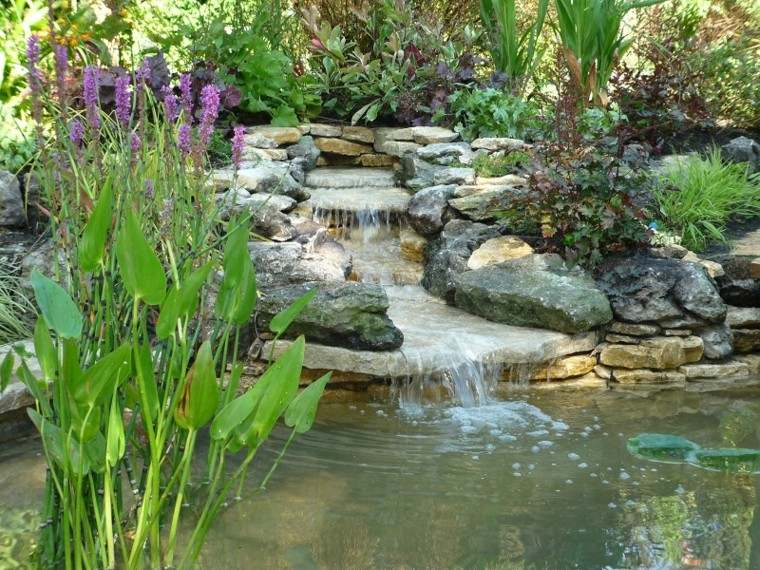 bonita cascada diseño jardín
