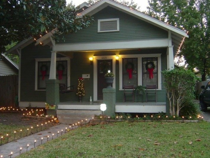 bonita decoración navidad entrada