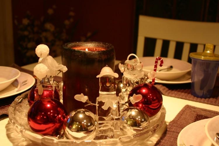 bonita decoracion muñecos hielo
