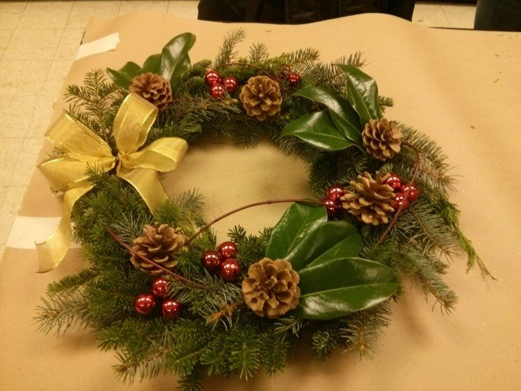Magnolia para la decoraci n navide a de su hogar - Como decorar la corona de adviento ...
