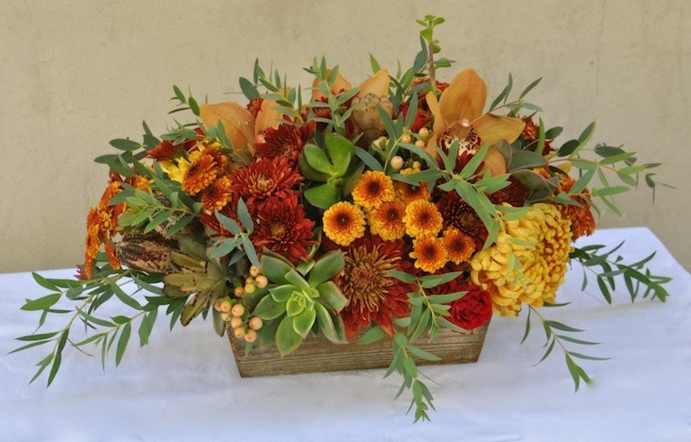 bonitos cenrtros de flores mesa otoo