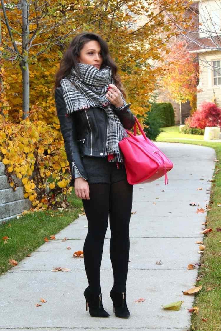 bufanda otono caliente blanco negro bolsa roja ideas