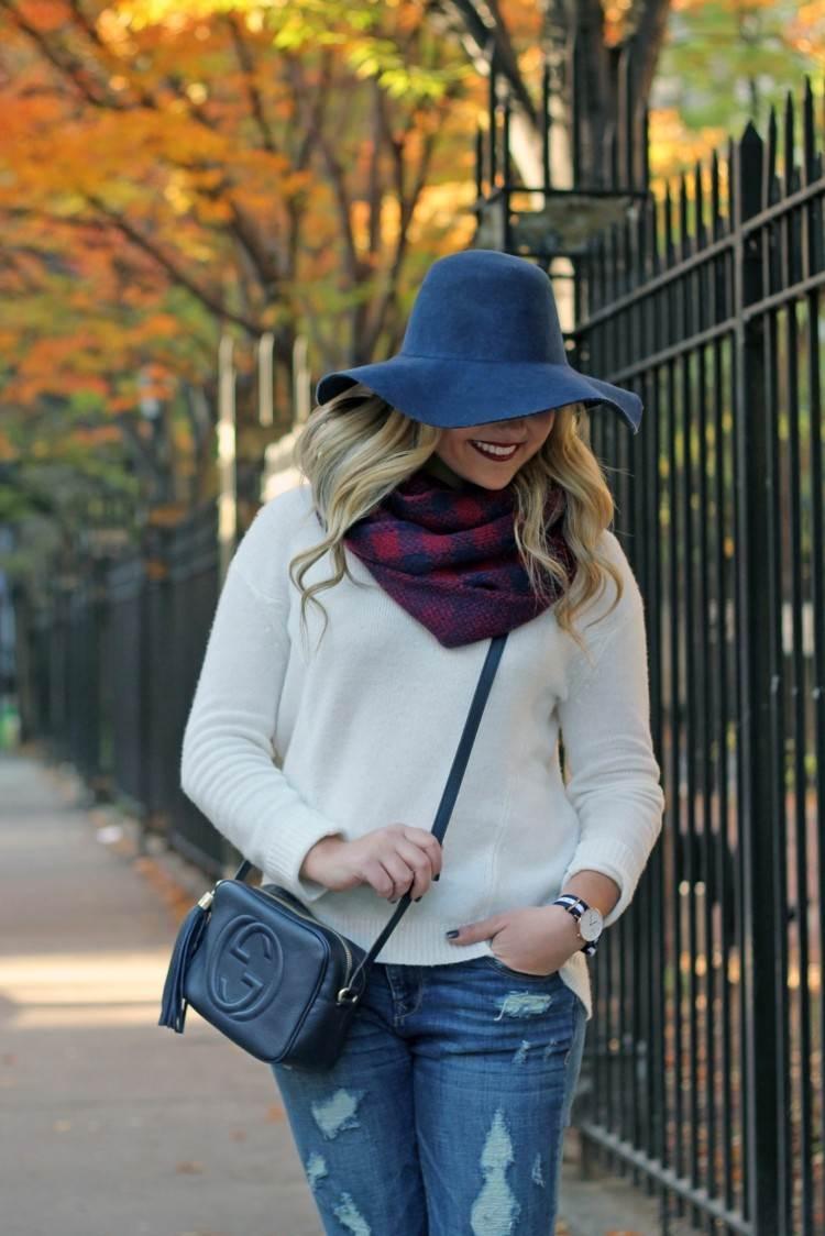 bufanda otono caliente roja gorra azul ideas