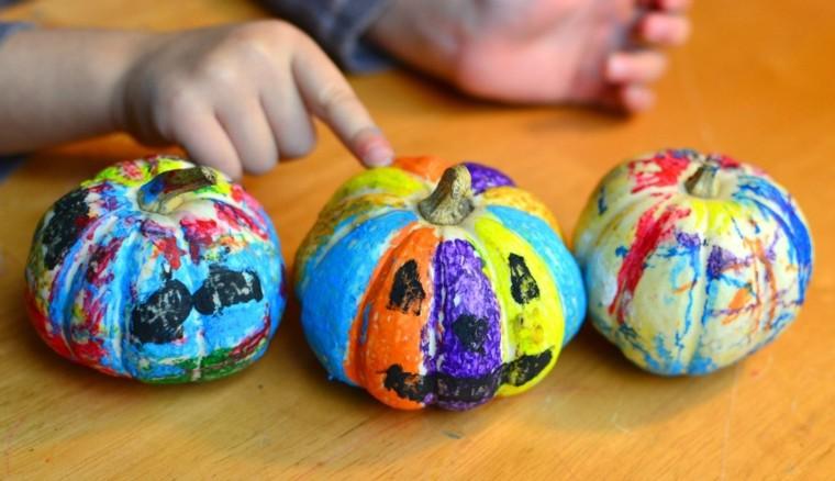 calabazas pintadas colores niño caritas