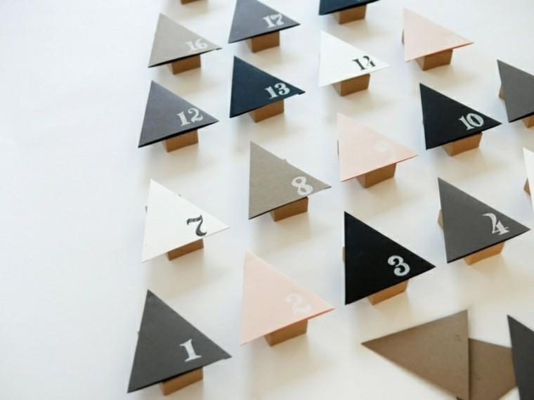 calendario de adviento creativo triangulo arboles