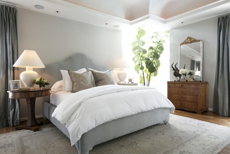 cama espacio laterales energlia circulacion luces