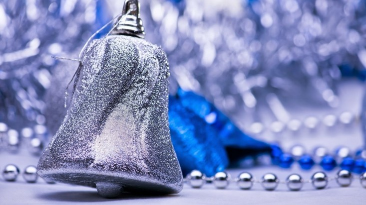 campana navidad color plateado