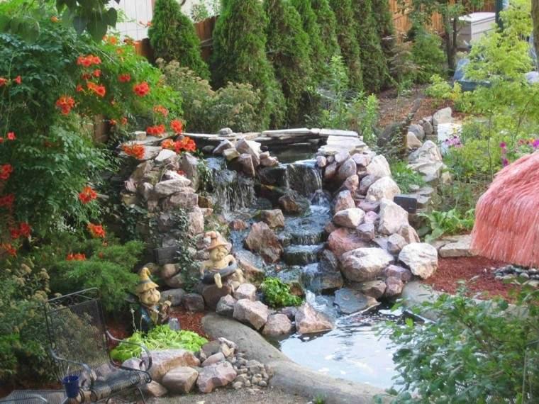 Cascadas y cataratas en el jard n 63 ideas refrescantes for Cascada de jardin