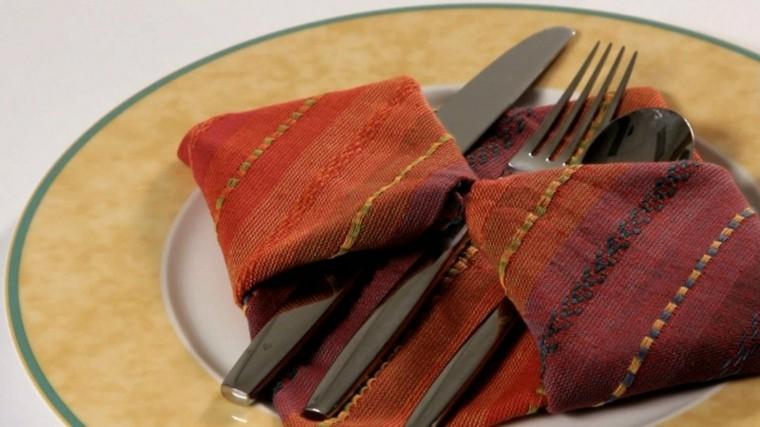 cena de navidad ideas servilletas decoracion cubiertos
